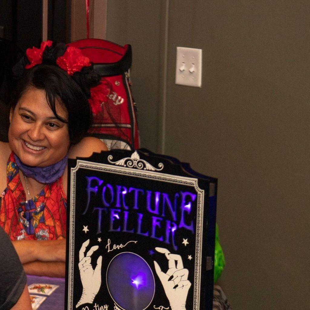 Ms Angelique Luna Psychic Intuitive