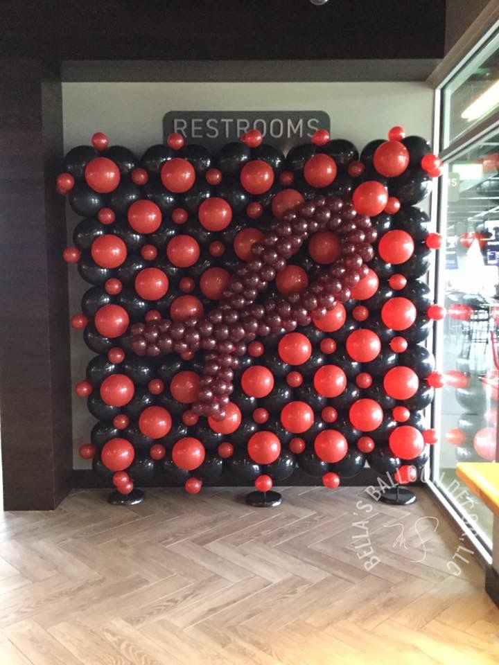 TooGolf Sickle Cell balloon Wall