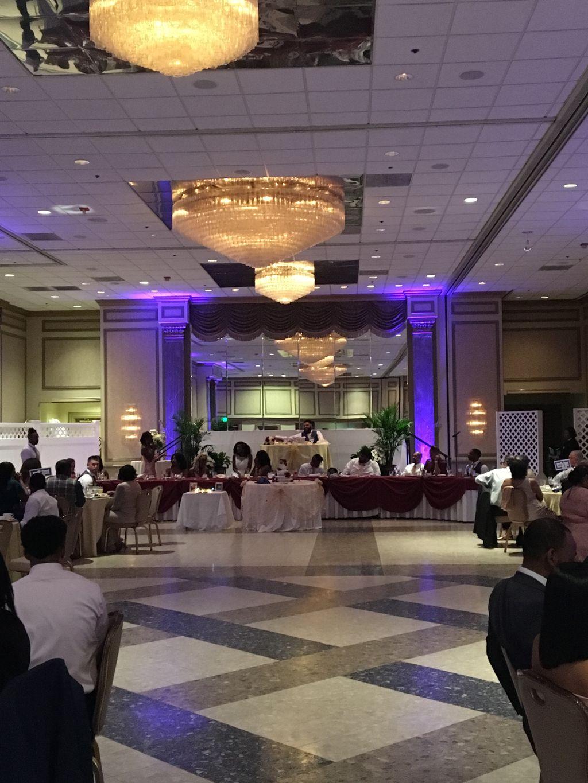 Wedding At Martins Crosswinds