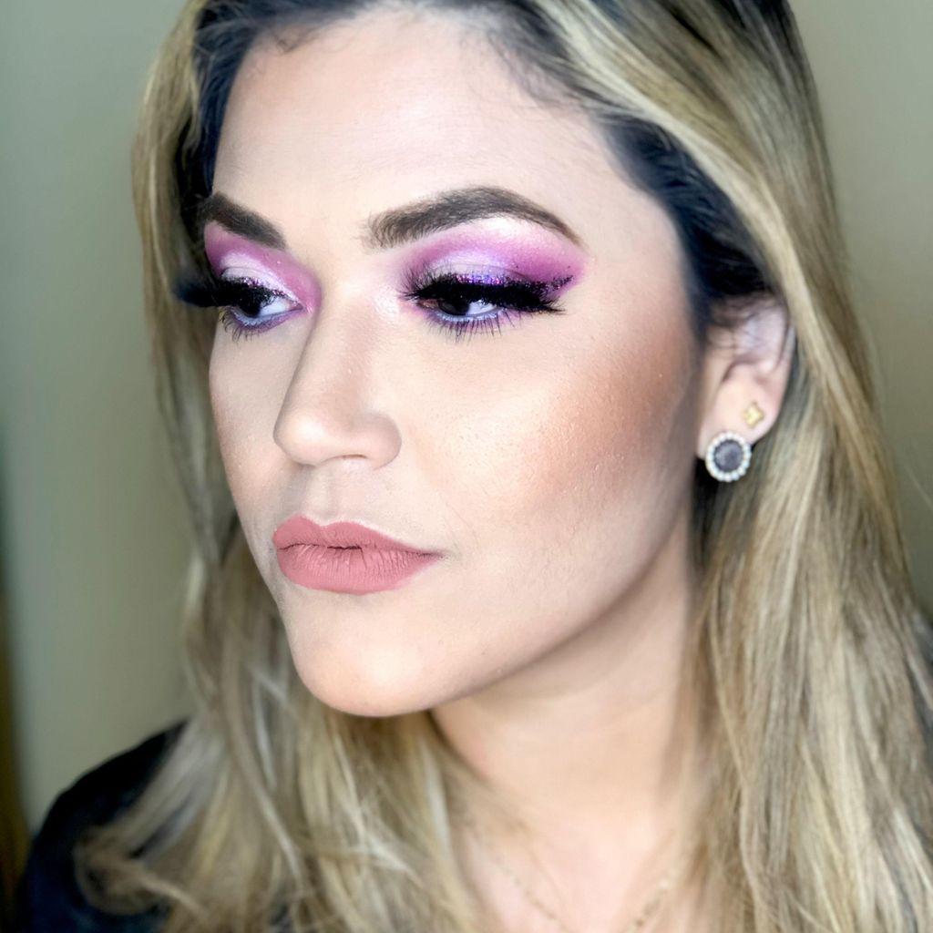 Anyela Cavazos Hair & Makeup.
