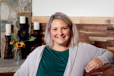 Avatar for Leah Paige - Speaker & Inner Peace Pioneer Geneva, IL Thumbtack