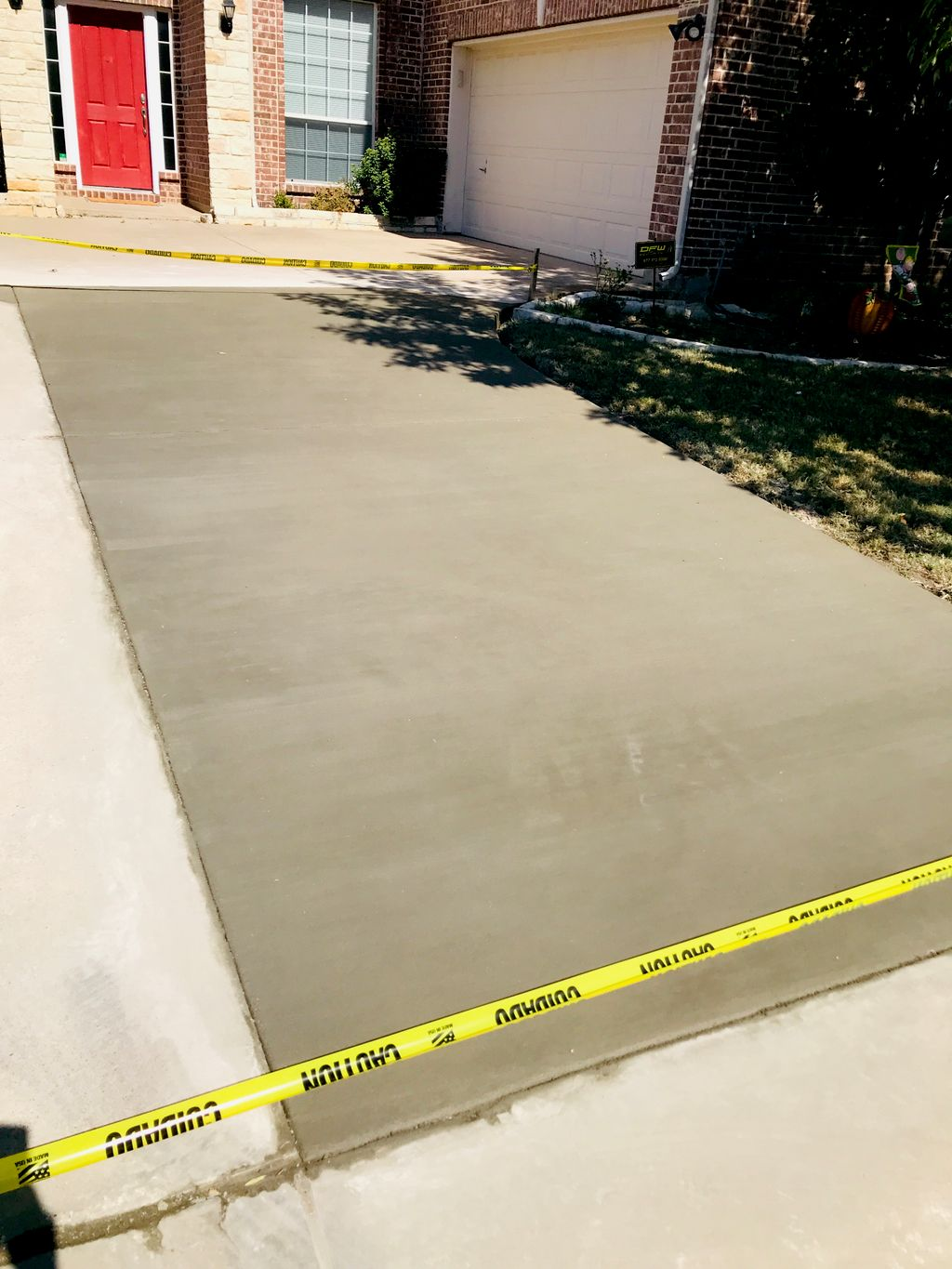 Driveway tear out and pour new concrete