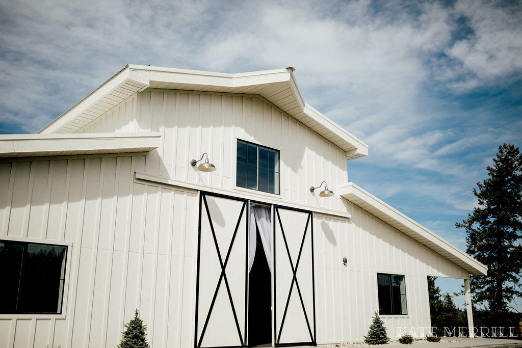 Full Planning - Outdoor Ceremony, Barn Reception