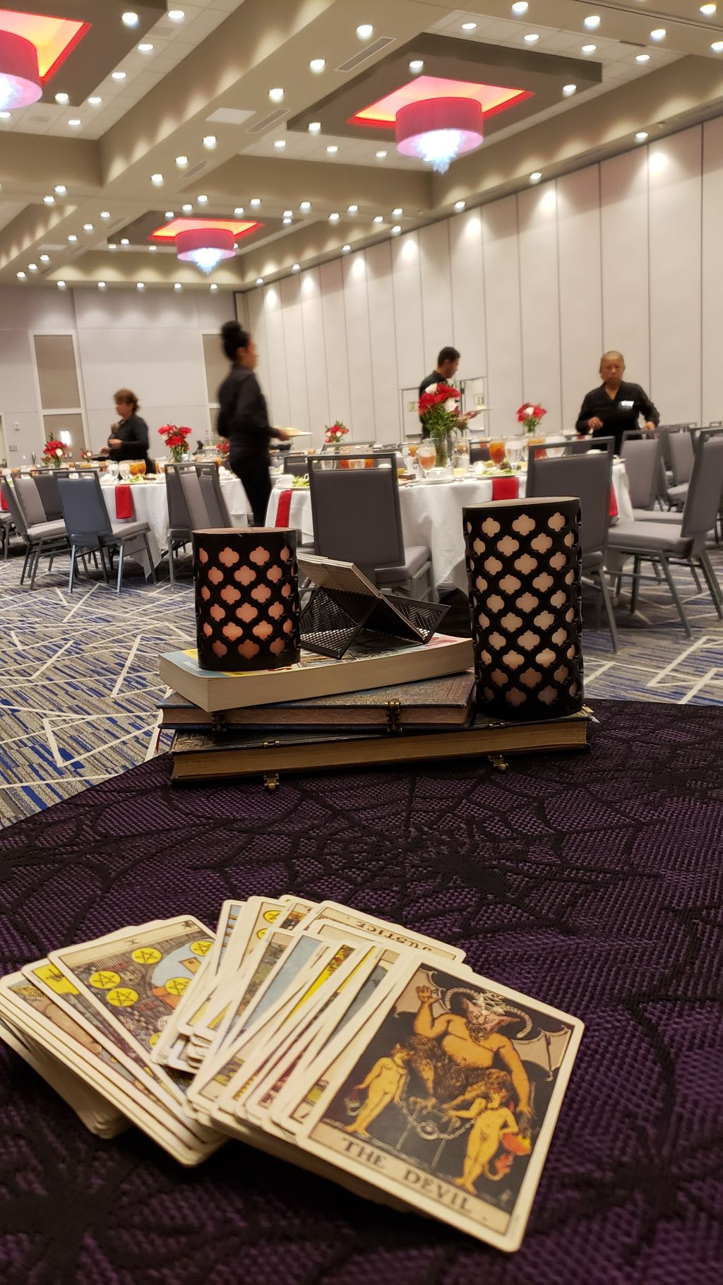 Corporate Event, tarot readings for Cardinal Health employees