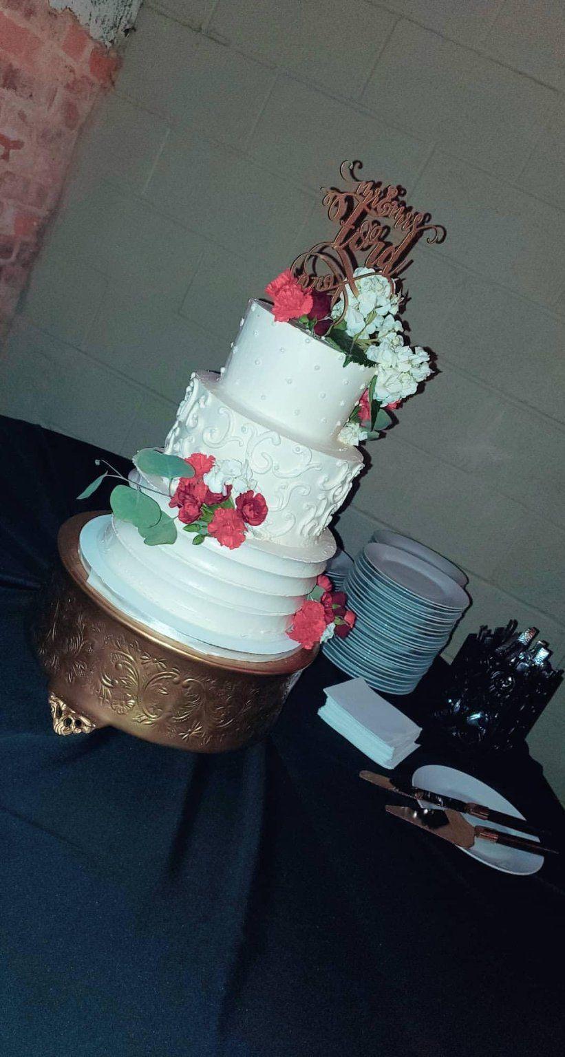 Scroll Buttercream Wedding Cakes - Covington 2019