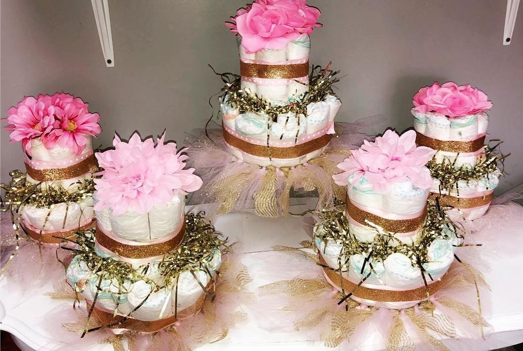 Centerpieces & cake for baby shower