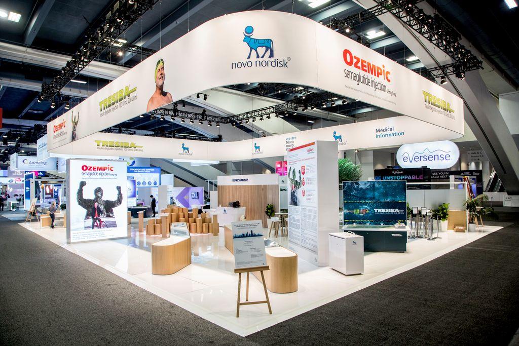 Corporate Event Exhibit Services