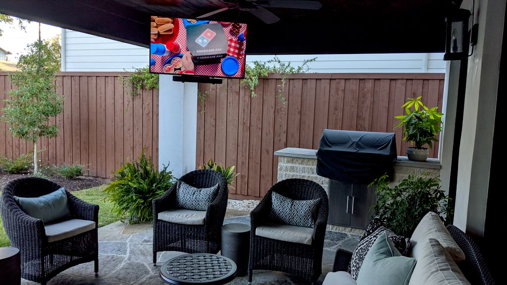Outdoor Patio TV & Soundbar Mounting