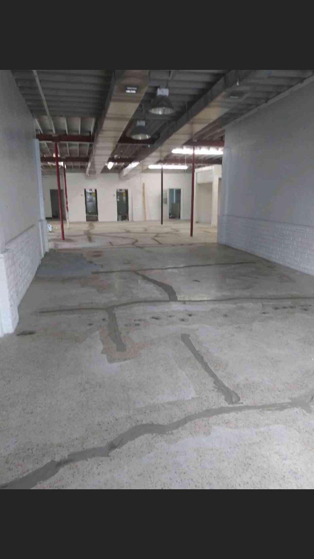 Epoxy floor coating in warehouse