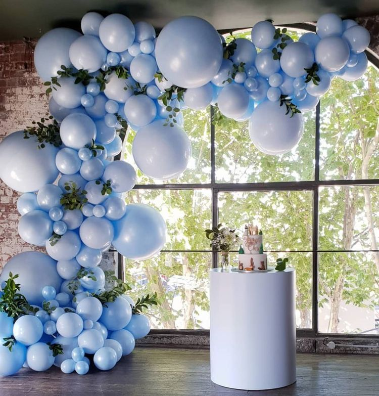 The Luxe 12-Foot Balloon Garland