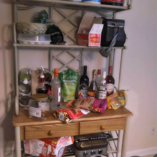 before clean kitchen stand