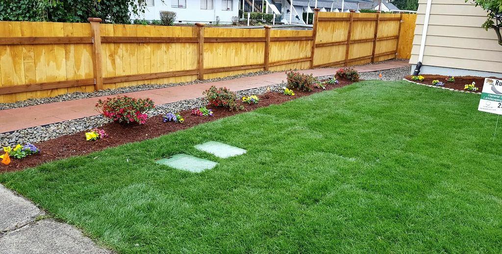 Installation of cedar fence