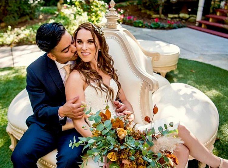 Twin Oaks outdoor fall boho wedding