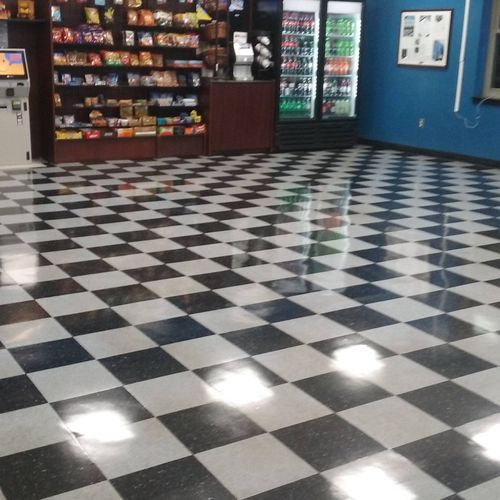 Great shine on floors reflects the whole room..