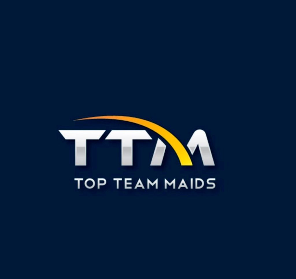 Top team maids cleaning