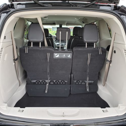 7-pass luxury Pacifica with leather interior