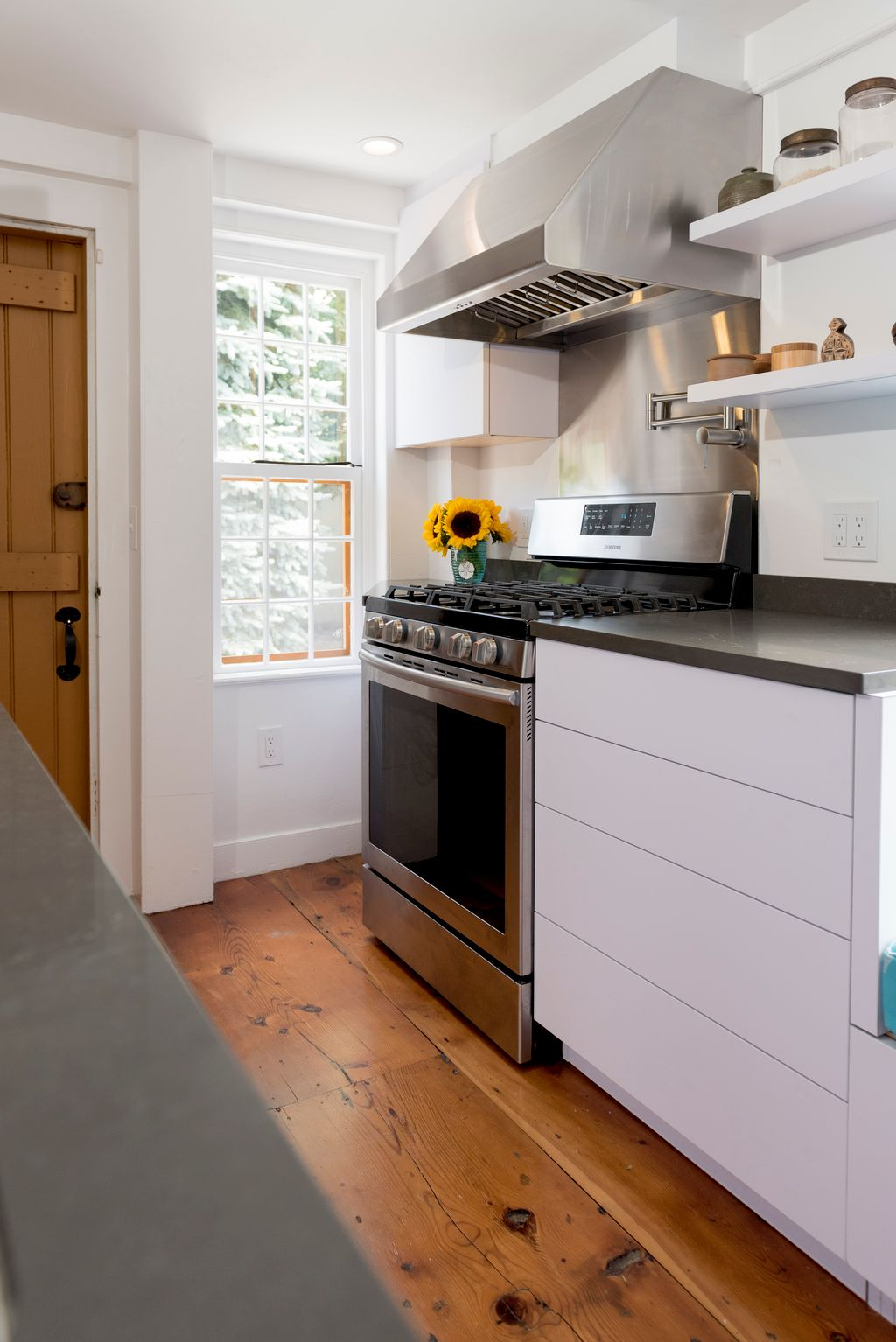 8 by 10 Kitchen, in a  300 Year Old House