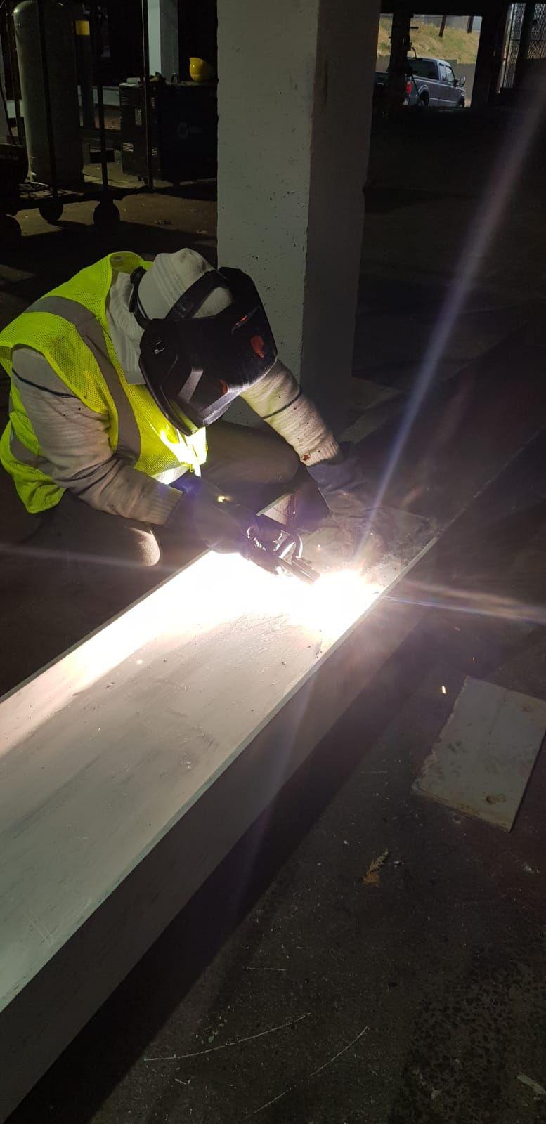Welding beams