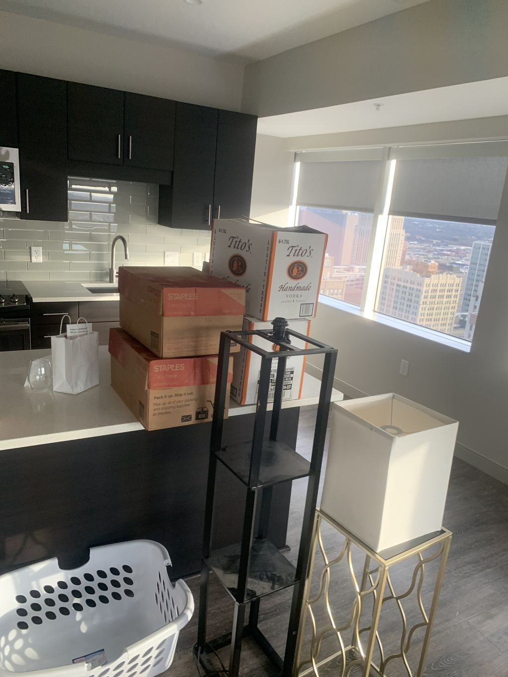 Local Move 3 Bed Room Apt