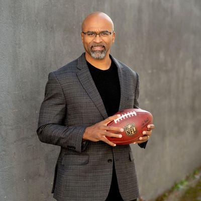 Avatar for NFL-player turned speaker & author! West Linn, OR Thumbtack