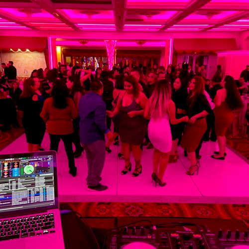 Corporate Holiday Party. Played Top 40, Holiday music, Ratchet Hip Hop, Club Music, Cumbria, and Bachata.