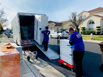 Avatar for 🥇24HOURMOVING - FREE Boxes & FREE Junk Removals Sacramento, CA Thumbtack
