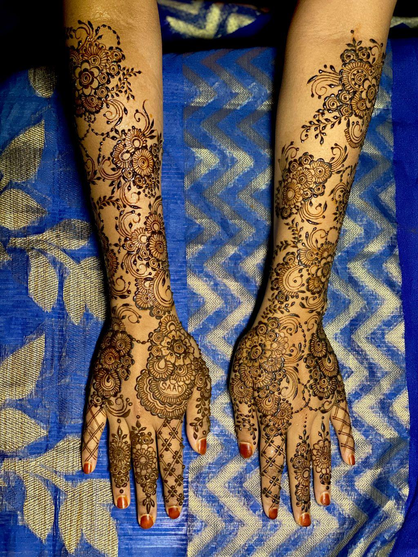 Arabic style design  Bridal Henna