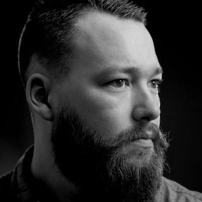 Avatar for John Hollingshead - Photographer Dayton, OH Thumbtack