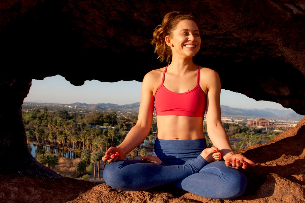 Simona Ruth Yoga - Beginner to Intermediate
