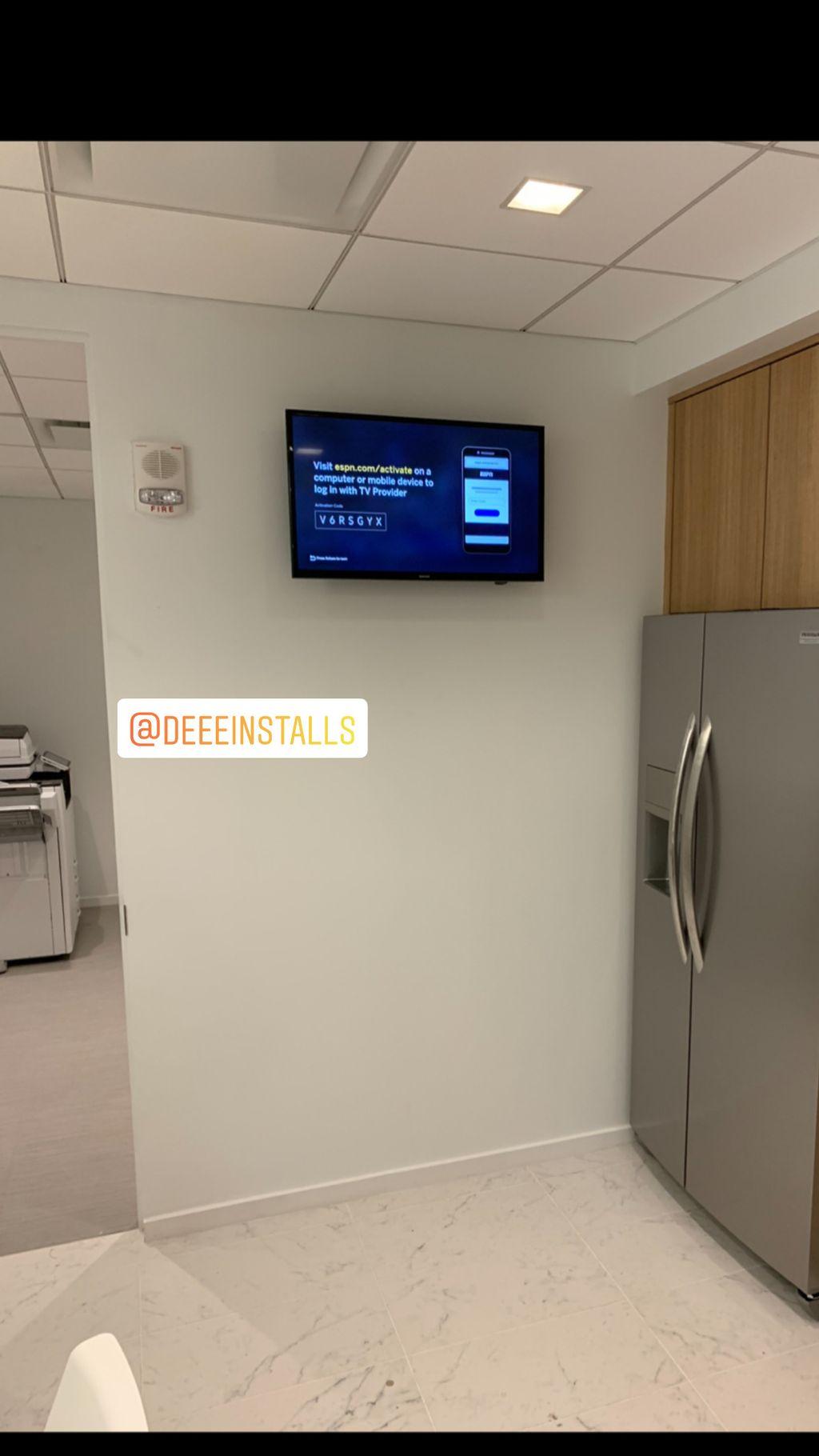 Commercial Tv Mount