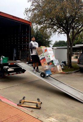 Avatar for DAL Movers Dallas, TX Thumbtack
