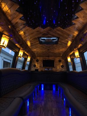 Avatar for Dreamliner Limousine LLC Appleton, WI Thumbtack