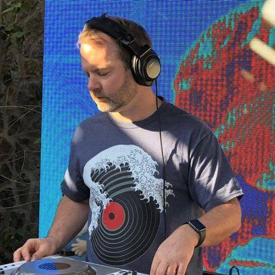 Avatar for DJ D. Darwin Phoenix, AZ Thumbtack