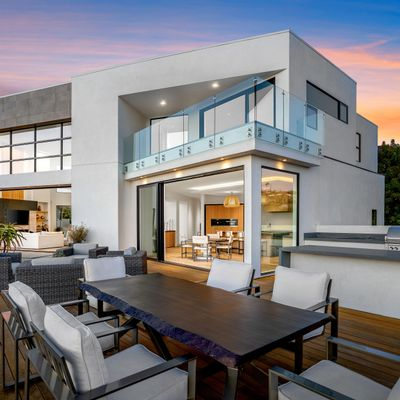 Avatar for Christina Woods Luxury Real Estate Photography