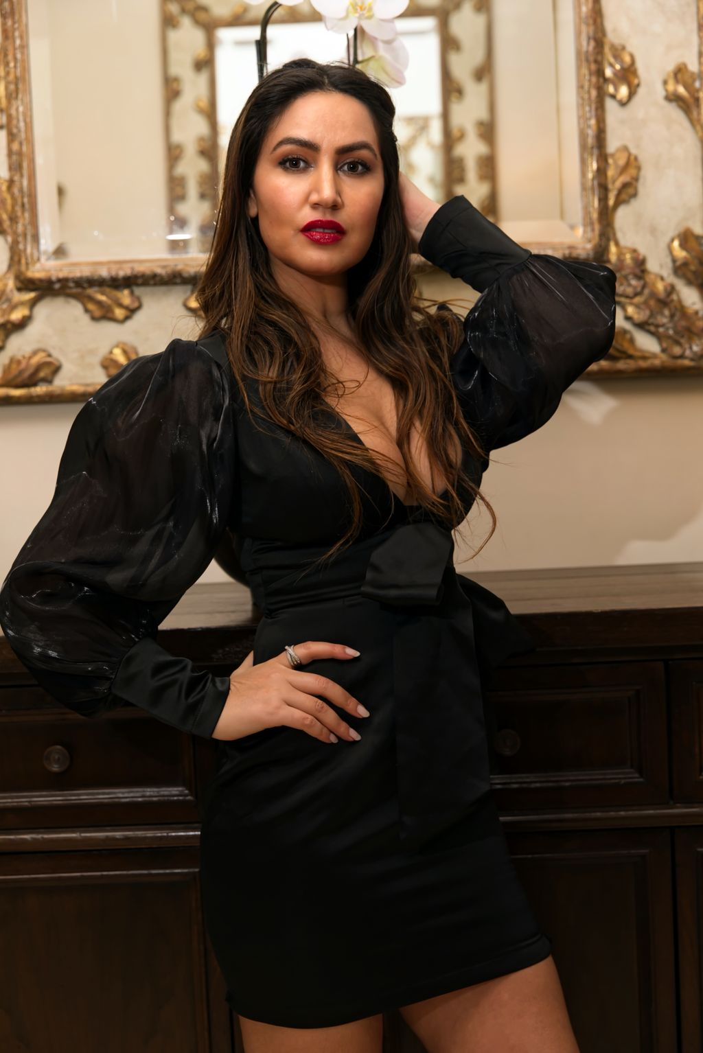 RIANNA LEVY - Fashion & Product Photo Shoot