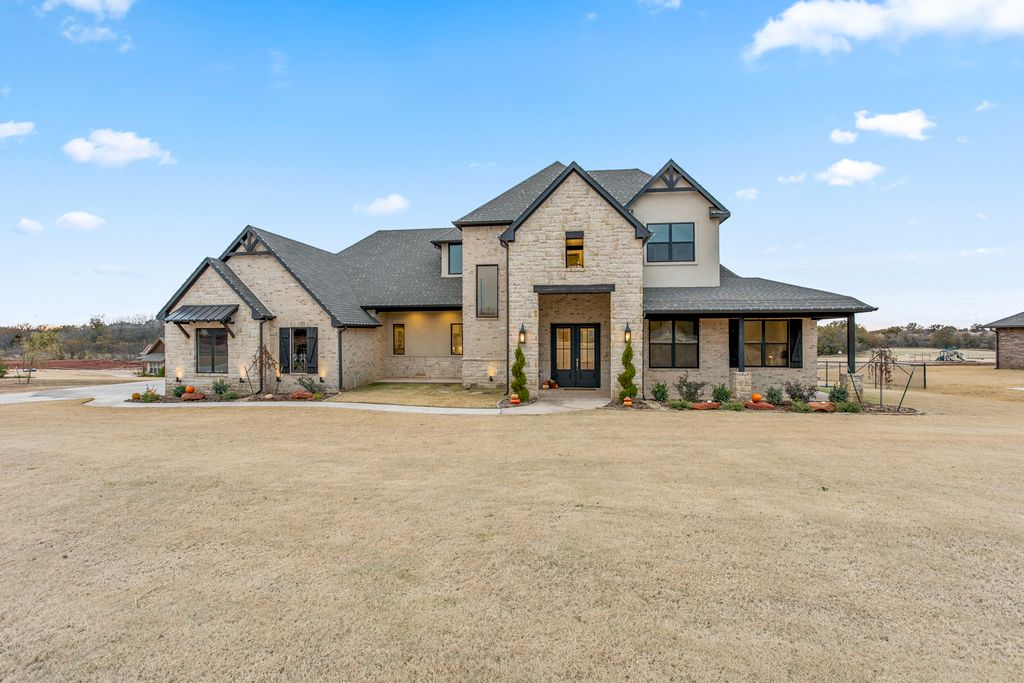 Beautiful Edmond Home Newly Remodeled