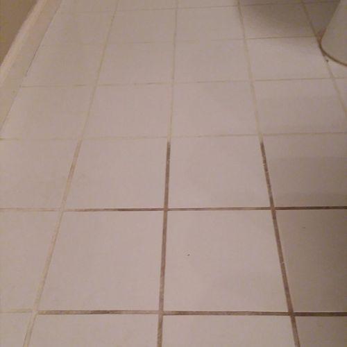 Bathroom Tile Floor (Before)