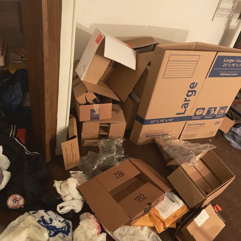 Basement Dee-clutter