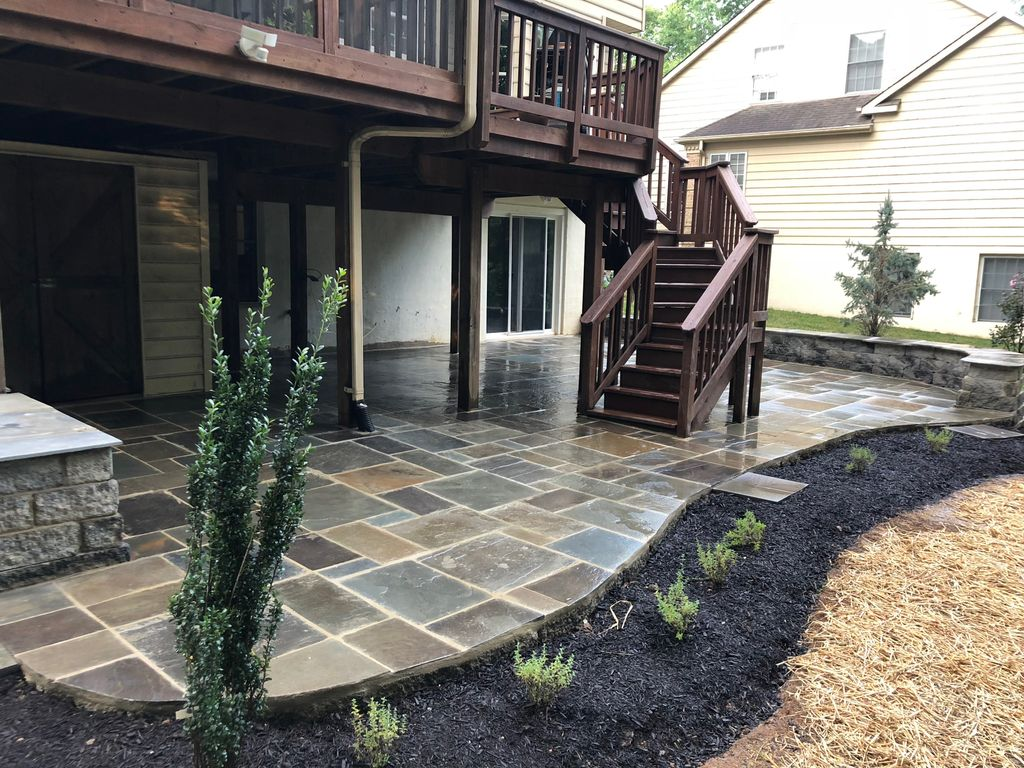 Clarksville Patio with Sitting Wall and Landscaping