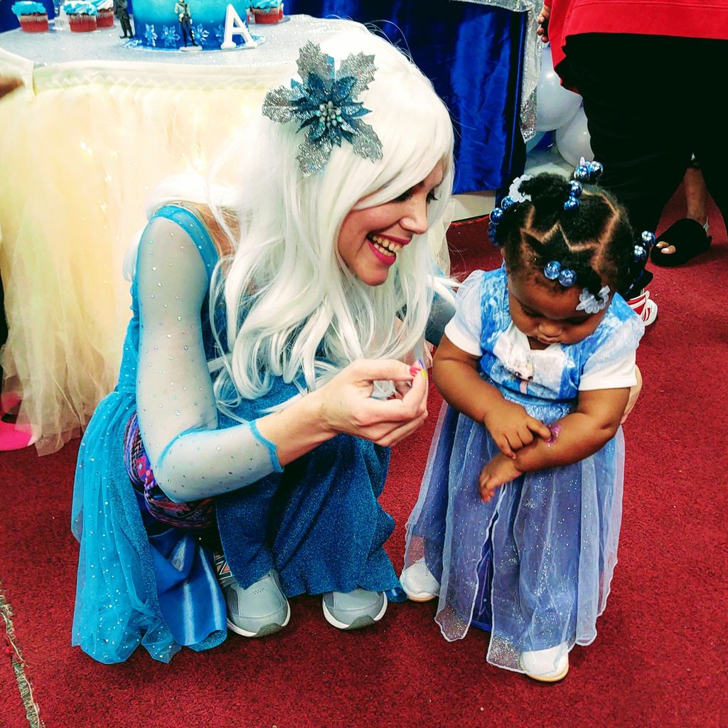 Baltimore One Year Old Frozen Party