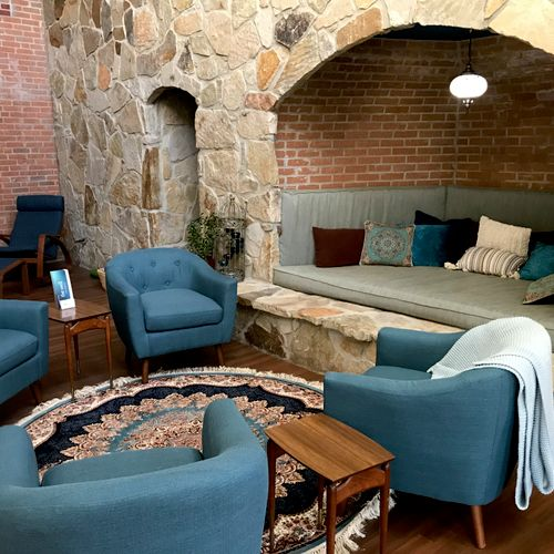 The Fireplace Lounge