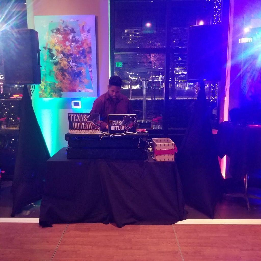 DJ Texas Outlaw Sound & Lighting