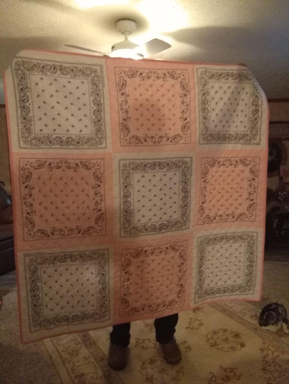 Handkerchief Quilt & matching pillow