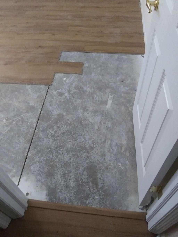 Vynil Wood Floor Installation