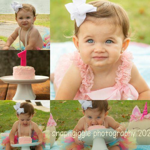 Cake smash photos are so fun!