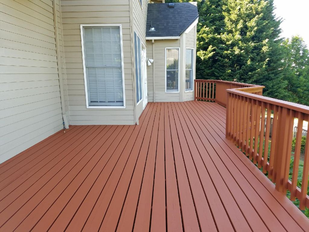 Deck Staining and Sealing Service