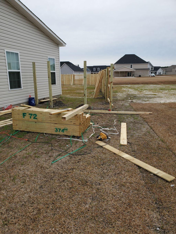 Double slat fence 210'