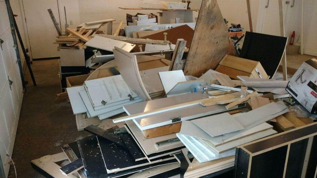 Haul Away Construction Debris