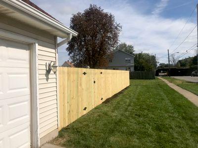 Avatar for Straightline Fences Decks & rails Buffalo, NY Thumbtack