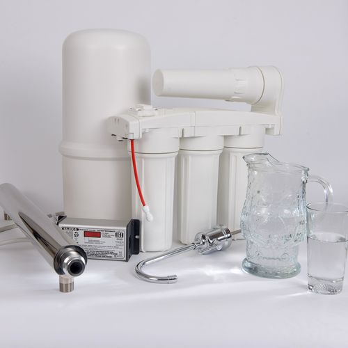 UV and reverse osmosis drinking water purifiers